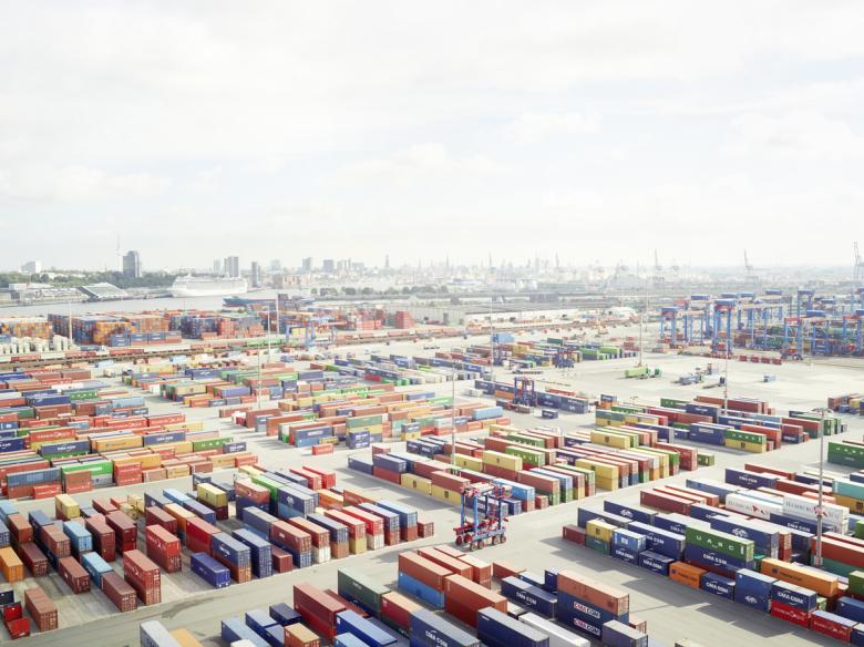 Henrik Spohler, In Between, Hamburg Containerterminal