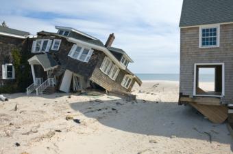 "John Ganis, aus ""America's Endangered Coast"""