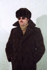Simon Menner, Untitled, 2013, Stasi agent during a seminar on disguises, courtesy Simon Menner/BStU