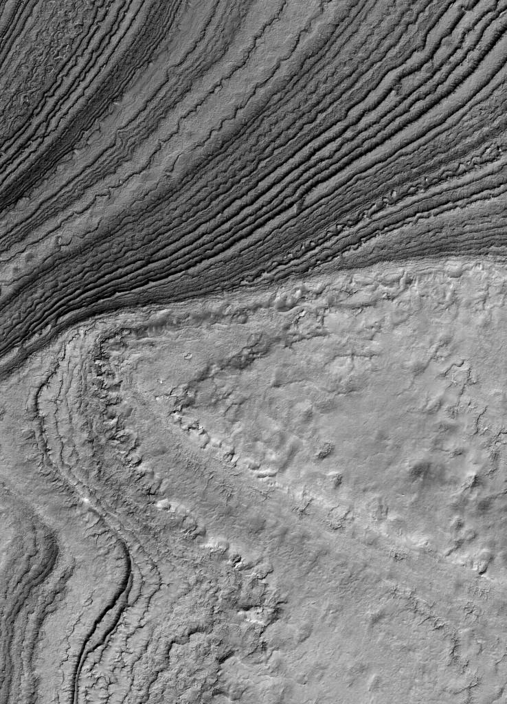 suedpolarregion__tiefer_einschnitt_in_polare_sedimentschichten